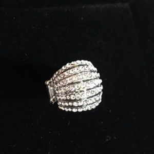Silver Ring with Rhinestones—Stretchy Band